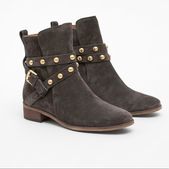 c71d423119c3 See by Chloe Janis Taupe Studded Booties Suede👢36.  M 5a346ef3c9fcdf0b7f01e4cd